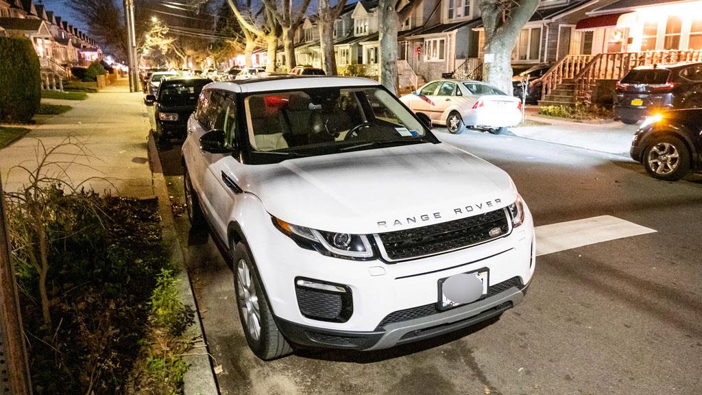 2 Bé 12 và 7 tuổi trộm SUV của cha mẹ và lái từ New York đến Delaware 7704fb5f79237fc3ead1f84815d86414
