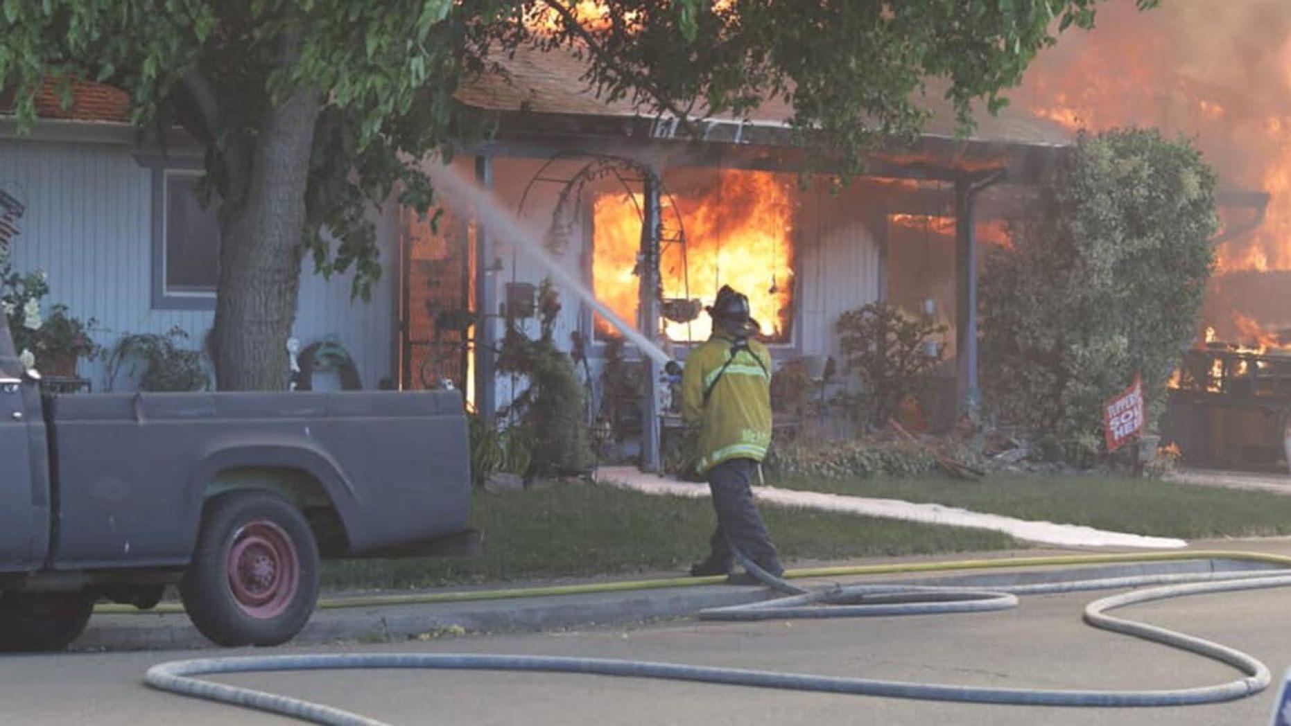 Cháy rừng lớn tại Bắc California, phá huỷ nhiều ngôi nhà và tài sản, may mắn không có thiệt hại về người